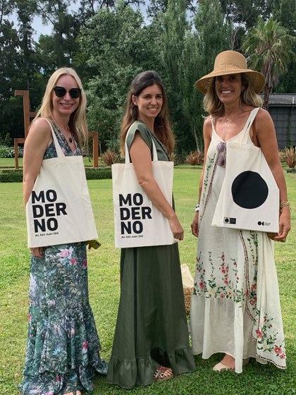 Magdalena Szaszak, Romina Méndez Castelli y Pachi Melhem