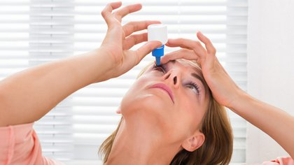 Las gotas oftalmológicas, el tratamiento más tradicional (Shutterstock)