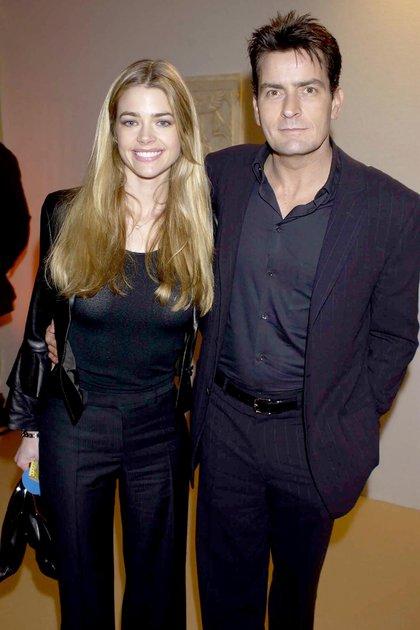 Denise Richards con Charlie Sheen (Shutterstock)