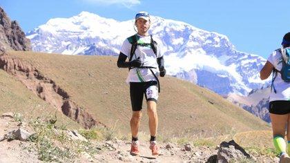 Maxi Bossio en medio de la Kumen Aconcagua Ultra Trail