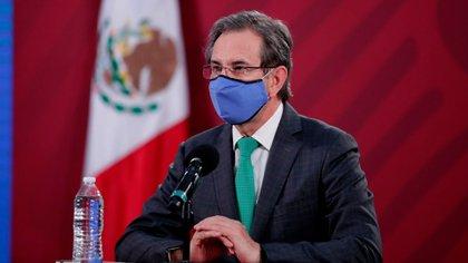 En conferencia de prensa, el secretario de Educación Pública, Esteban Moctezuma Barragán (Foto: SEP)