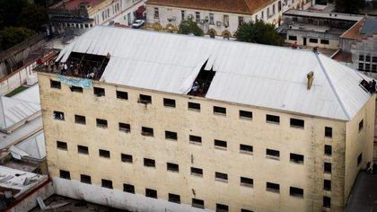 Imágenes del motín del drone de Infobae