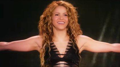 Shakira enfrentó un duro problema de salud con su instrumento de trabajo (Foto: YouTube/Shakira)
