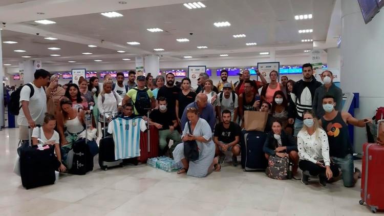 Argentinos varados en Cancún