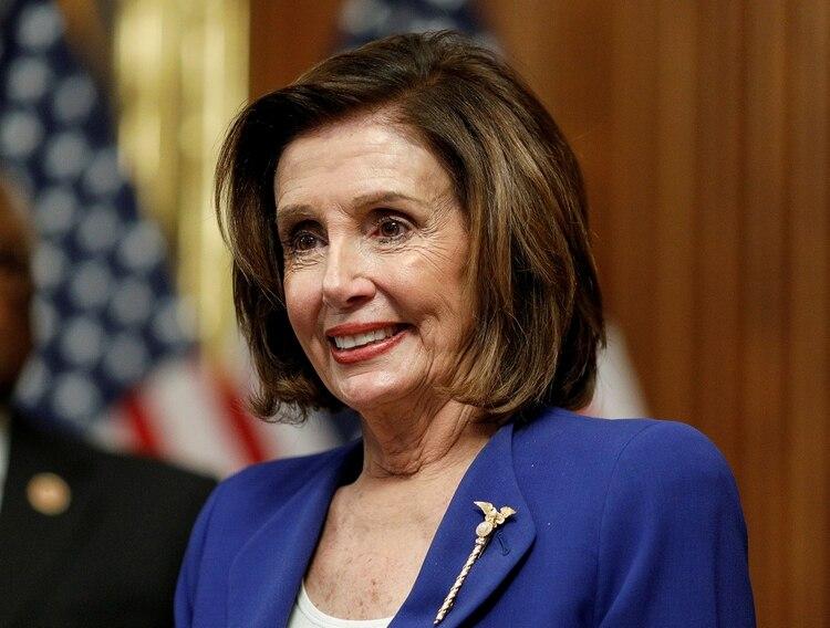 Nancy Pelosi negocia nuevo paquete se estímulos para reactivar la economía de EEUU (Foto: REUTERS/Tom Brenner/Archivo)