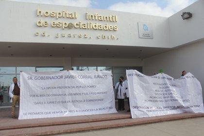 Médicos del Hospital Infantil realizaron el paro de labores como manera de protesta para exigir medicamentos e insumos para dar la debida atención a los pacientes (Foto: Cuartoscuro)