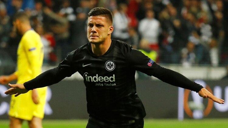 Luka Jovic tiene 21 años y vistió las camisetas del Estrella Roja, Benfica y Eintracht Frankfurt (Reuters)