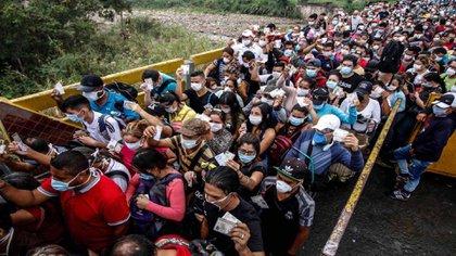 En septiembre de 2020 La Organización de Estados Americanos (OEA) reportó 105.000 retornos de venezolanos desde Colombia por cuenta de la pandemia / (Diario La Verdad).