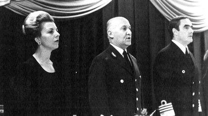 Isabelita, Fautario y Massera.