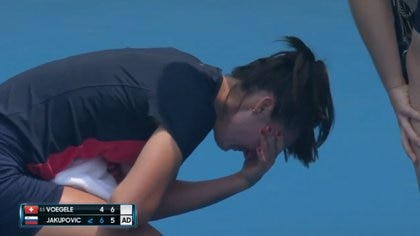 La tenista serbia no pudo continuar en cancha y abandonó el partido