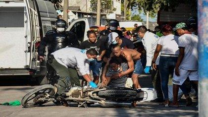 Sicarios asesinaron a Joiner Stiven Herrera Piñeres de 23 años en el barrio Las Nieves de Barranquilla / (Mery Granados/El Heraldo).