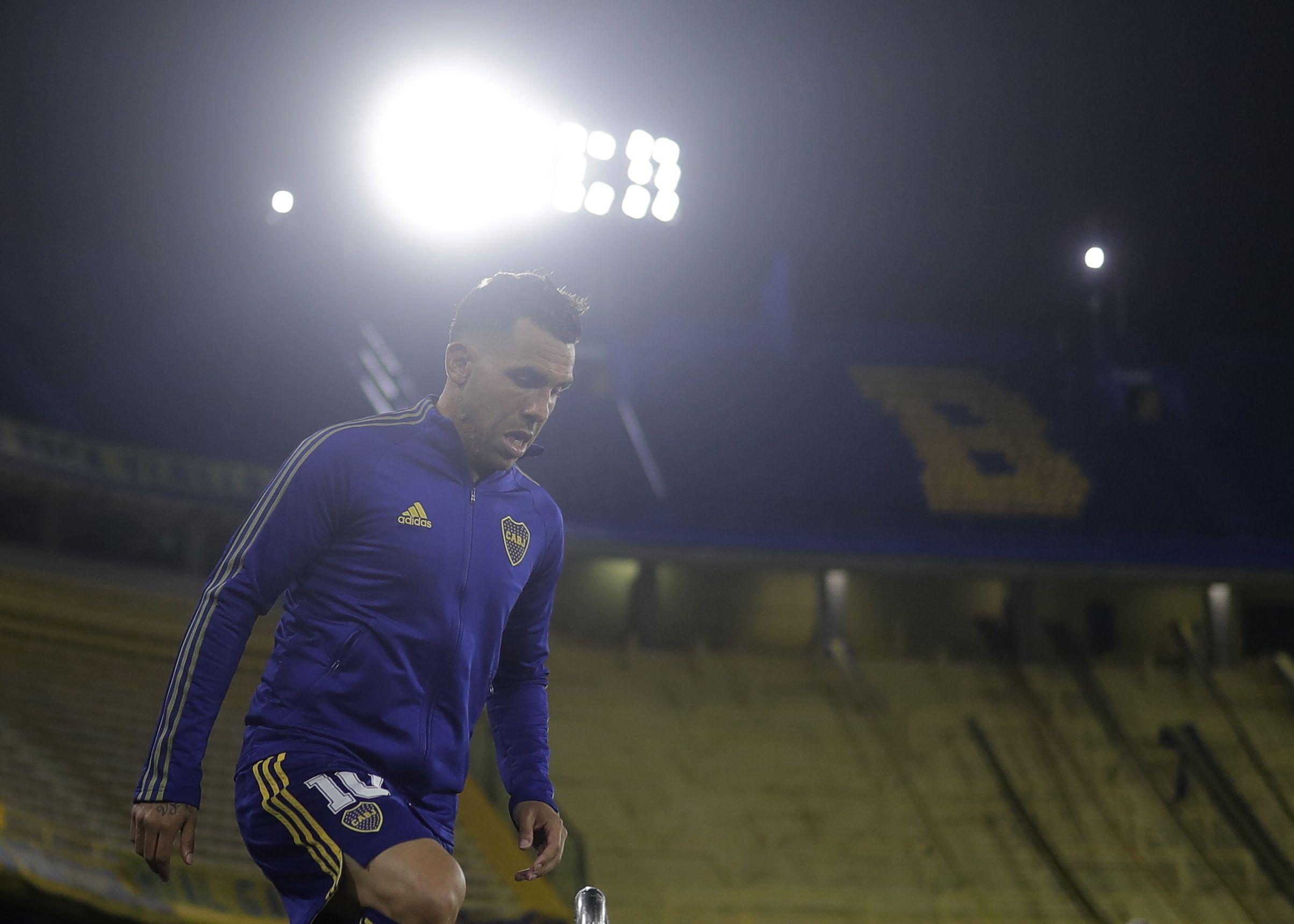 Carlos Tevez está en el podio de máximos goleadores de Boca en la Libertadores y va por más (REUTERS/Juan Ignacio Roncoroni)