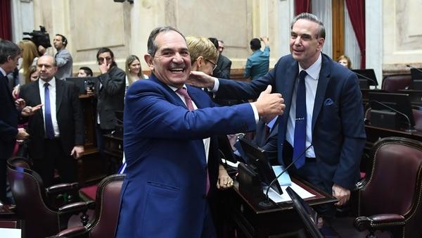 Ayer el ex gobernador de Tucumán formalizó su alejamiento del bloqueque preside Miguel Pichetto (Pablo Grinberg / Comunicación Senado)