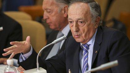 El presidente de la UIA, Miguel Acevedo, se mostró preocupado por el impacto de la norma