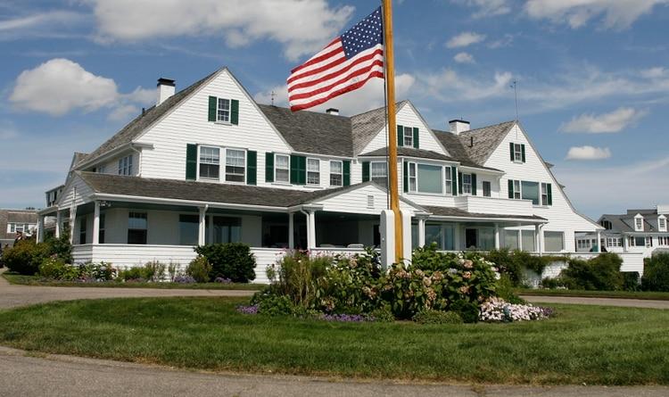 La casa principal en el complejo de la familia Kennedy en Hyannis Port, Massachusetts. Allí fue encontrada sin vidaSaoirse Roisin Hill