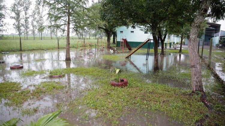 Las persistentes lluvias que afectan a Tucumán desde hace varios días mantienen en alerta a las autoridades provinciales