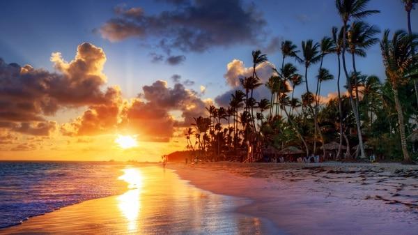 Las Islas Caimán son parte del Imperio Británico y están ubicadas a unos 740 kilómetros al sur de Miami (Shutterstock)