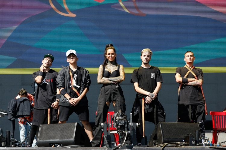 Cande Tinelli, Lelé, con su banda en el Lollapalooza Argentina 2019 (Chule Valerga)