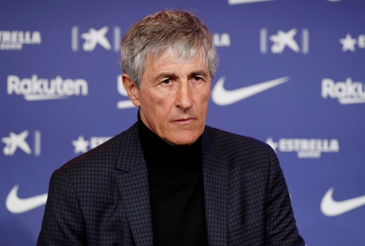 Soccer Football - Quique Setien unveiled as FC Barcelona new coach - Camp Nou, Barcelona, Spain - January 14, 2020 New FC Barcelona coach Quique Setien during the press conference REUTERS/Albert Gea