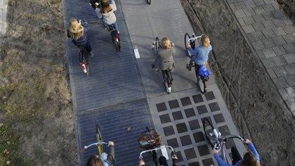 En sus primeros seis meses de vida la carretera solar produjo cerca de3.000 kWh  162