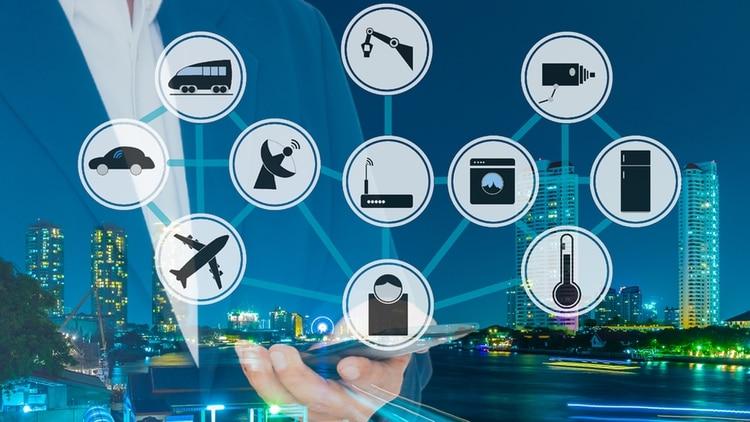 Se estima que hay 50 mil millones de dispositivos IoT en el mundo (Shutterstock)