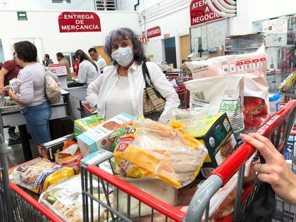 Los supermercados operarán toda la semana las 24 horas del día. (Foto: Reuters)