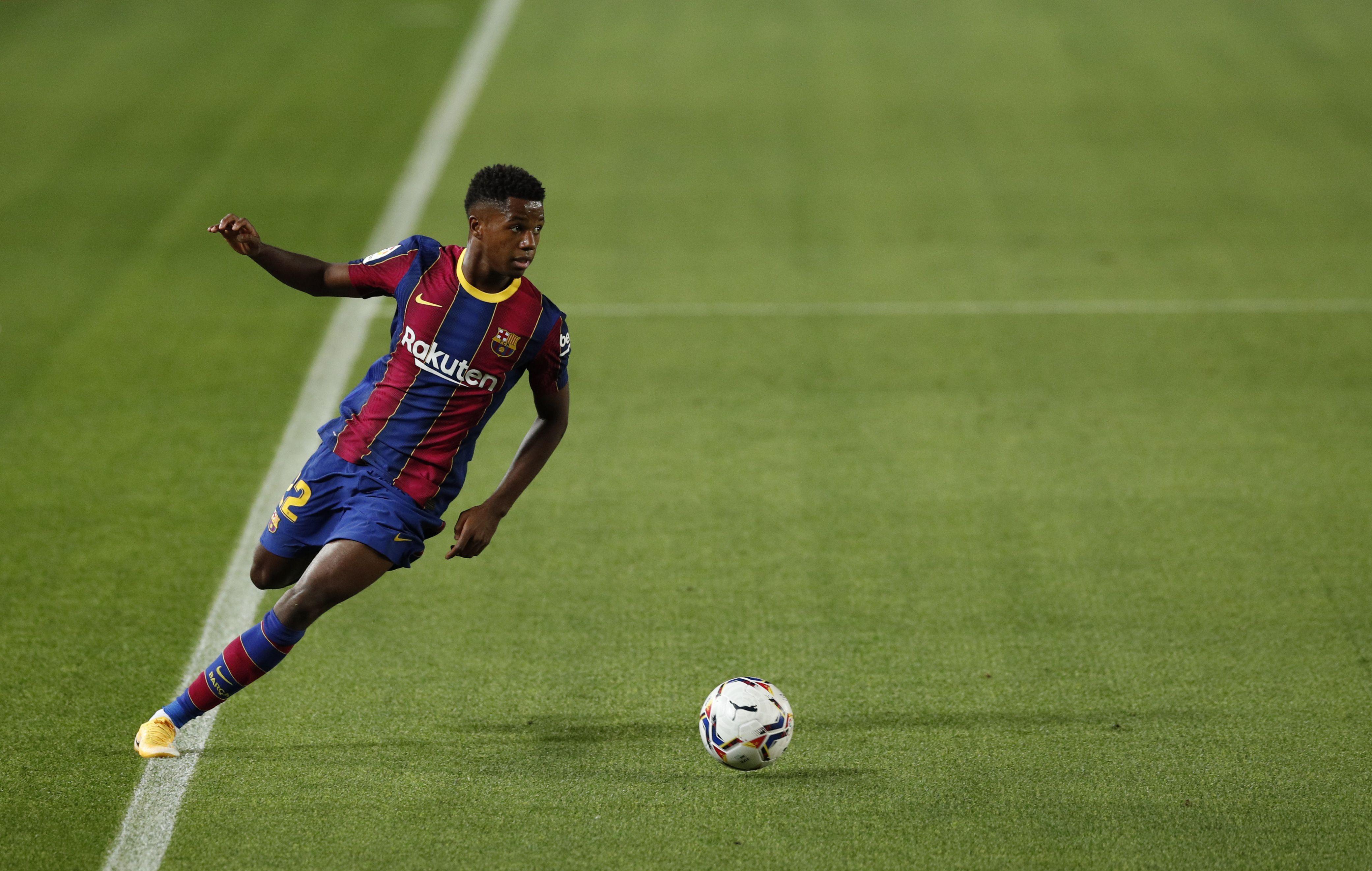 Ansu Fati lleva 5 goles en 7 partidos - REUTERS/Albert Gea