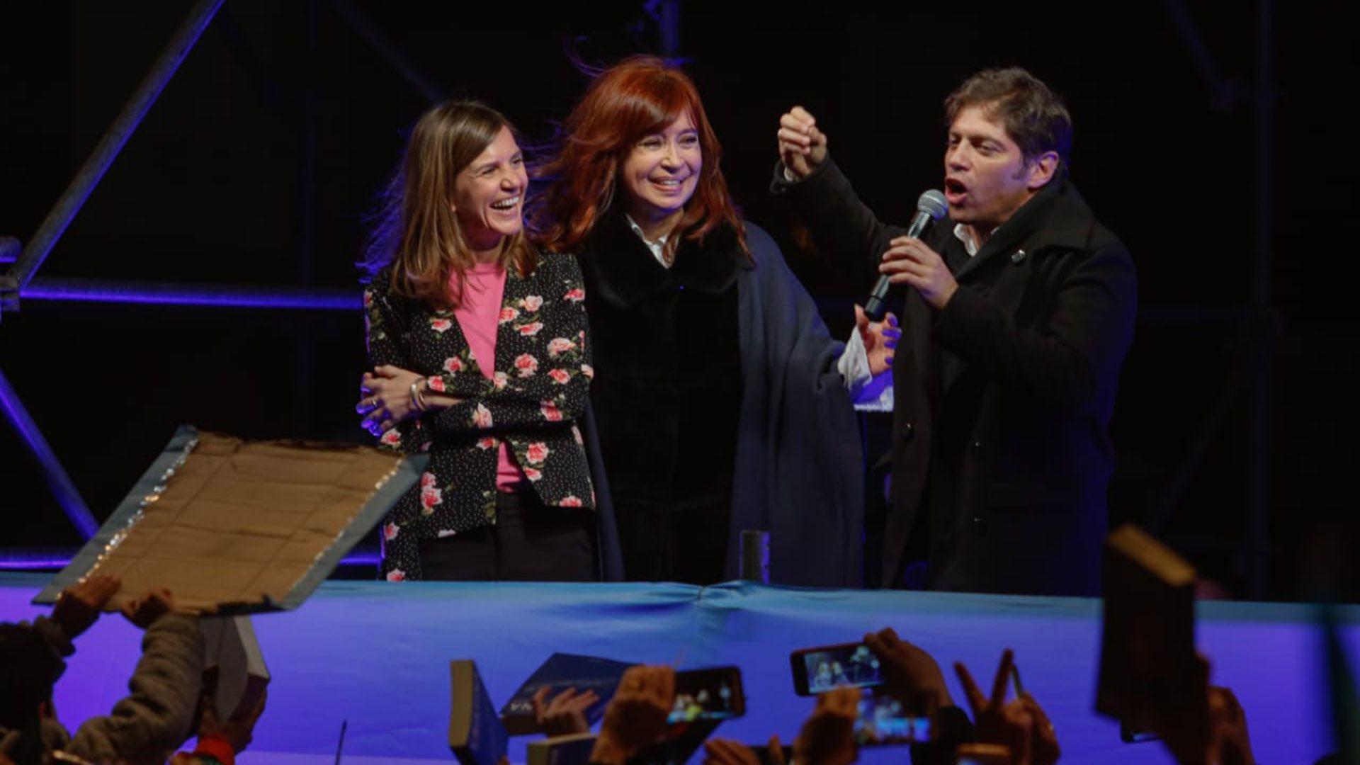 Raverta junto a Cristina Kirchner y Axel Kicillof en la campaña 2019