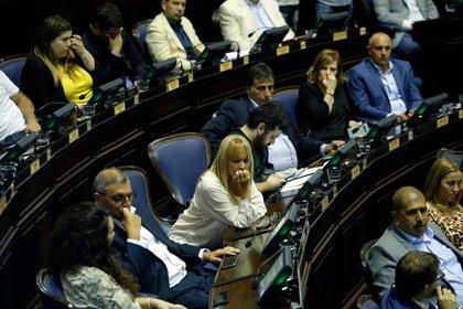 El proyecto de ley se debatió en ambas cámaras durante todo el miércoles