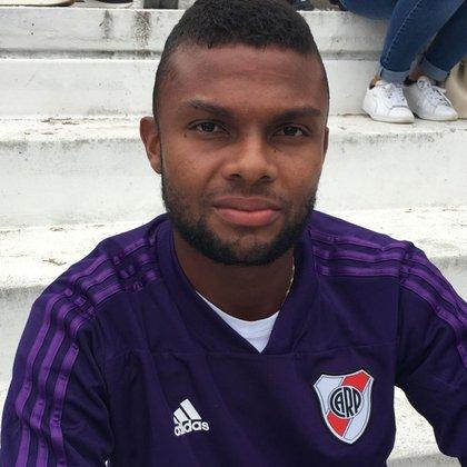 Thomas Gutiérrez es defensor, nació en Venezuela pero juega para la selección de Colombia