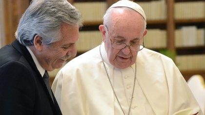 Alberto Fernández, en su último encuentro con el Papa Francisco. Espera que pese en la relación con el FMI