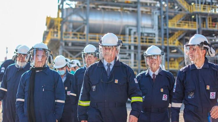 El sector de la refinería cayó casi 80% en abril