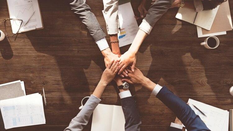 El trabajo en equipo es fundamental para muchas compañías de tecnología.