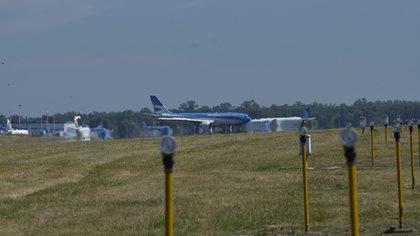 El vuelo duró más de 18 horas, desde su salida  de Moscú hasta llegar a Buenos Aires (Gustavo Gavotti)