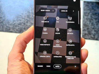 Dibujos AR (realidad aumentada), Video profesional y Perspectiva de director, de las nuevas funciones de los Galaxy S21