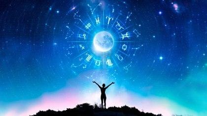 Cada vez surgen más ofertas de apps de astrología para el mundo móvil.