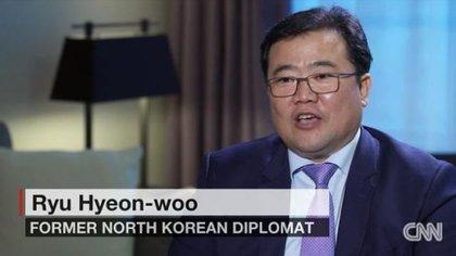 El ex embajador norcoreano Ryu Hyeon-woo durante la entrevista con CNN (CNN/Captura de pantalla)