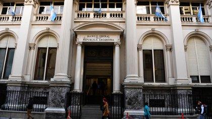 El nuevo presidente del Banco Central recibiría reservas netas líquidas de entre USD 8.000 y USD 10.000 millones (Maximiliano Luna)