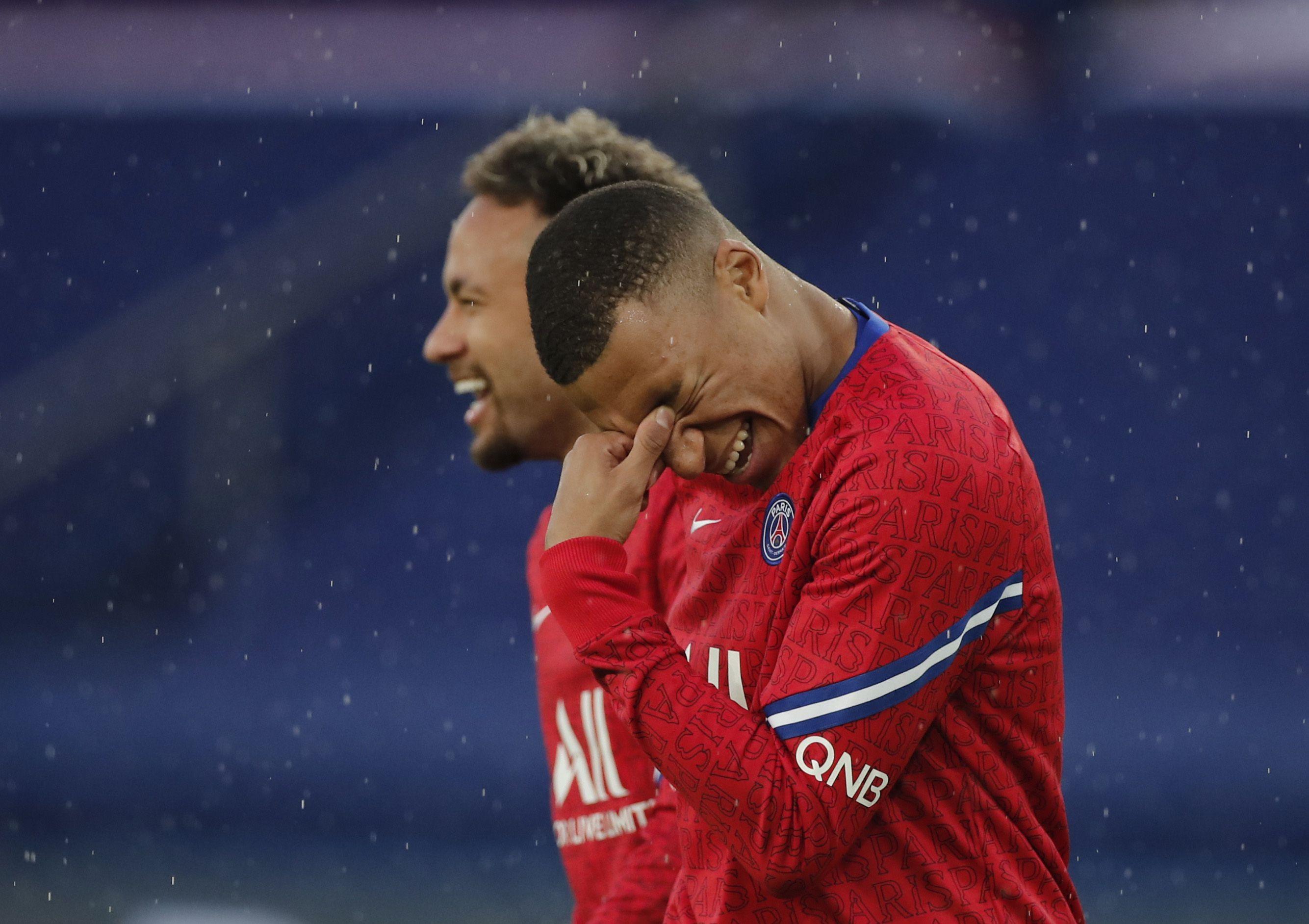 Neymar quiere a Mbappé para volver a pelear por ganar la Champions League (Reuters)