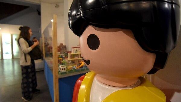 2500 figuras del clásico muñecos Playmobil se exhibirán en el Museo de la Ciudad (Nicolás Stulberg)