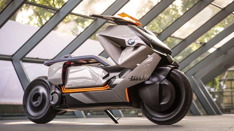 """El scooter futurista que """"sabe"""" por anticipado adónde quiere ir su dueño"""
