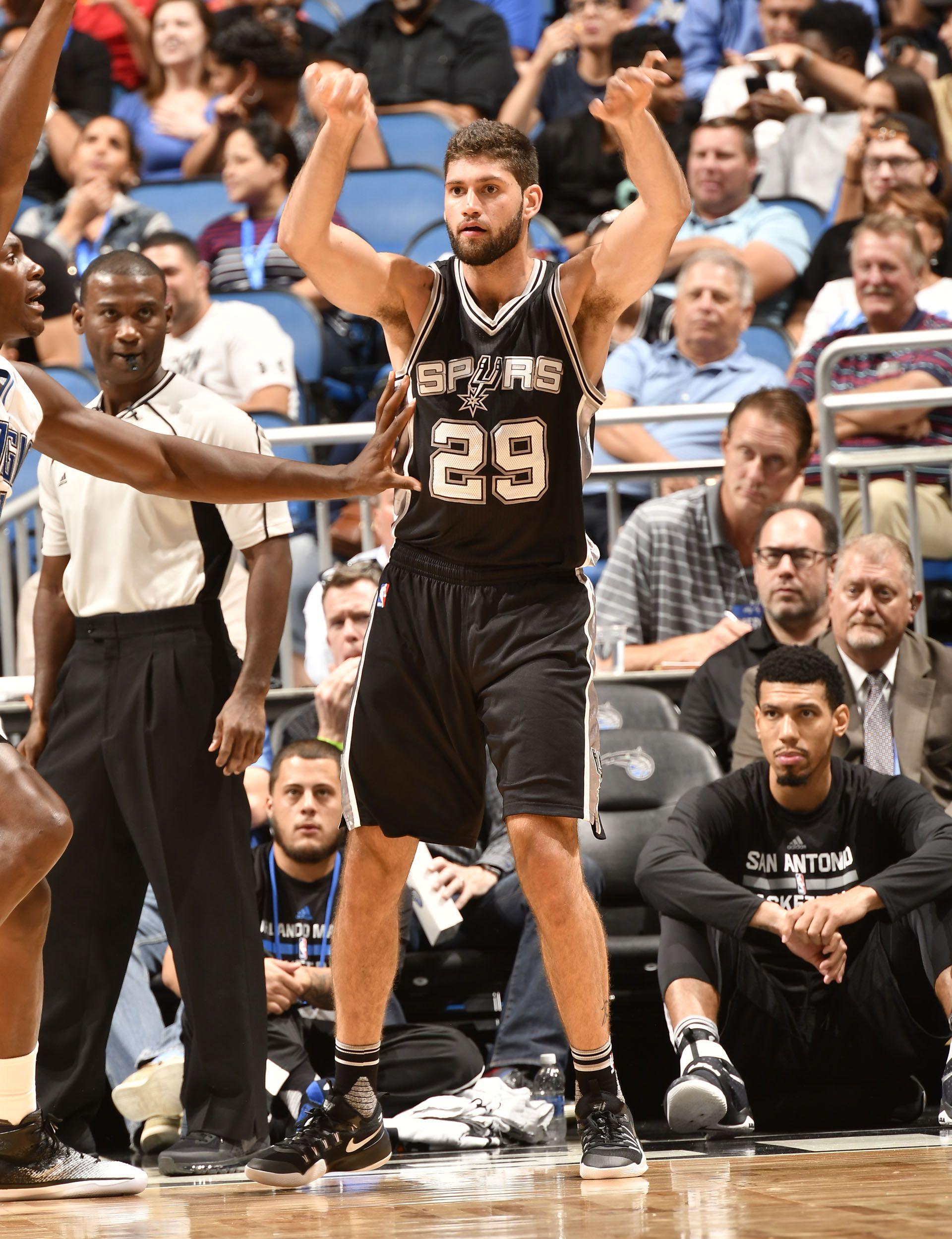 Patricio Garino puja por un lugar en el plantel de los San Antonio Spurs, pero luego recaló en Orlando Magic (AFP)