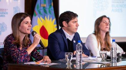 Raverta junto a Axel Kicillof y Agustina Vila