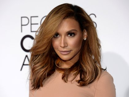 "FILE PHOTO: FILE PHOTO: Actress Naya Rivera, from the Fox series ""Glee,"" arrives at the 2014 People's Choice Awards in Los Angeles, California January 8, 2014.  REUTERS/Kevork Djansezian/File Photo/File Photo"