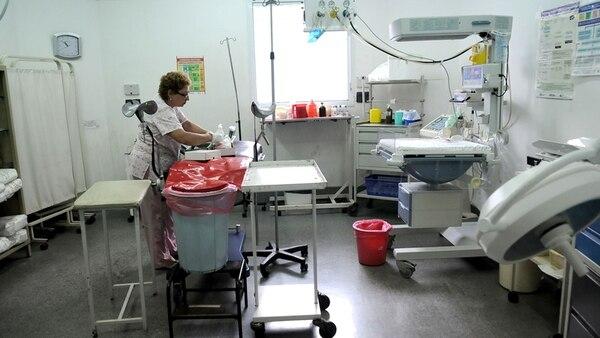 Trabajadora de la salud en un hospital público argentino