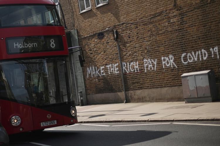 Un graffiti reclama
