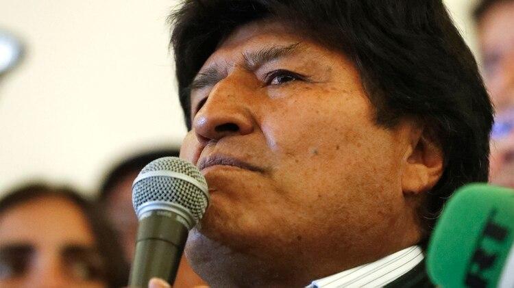Evo Morales renunció tras admitir que había que repetir las elecciones. (AP Photo/Jorge Saenz)
