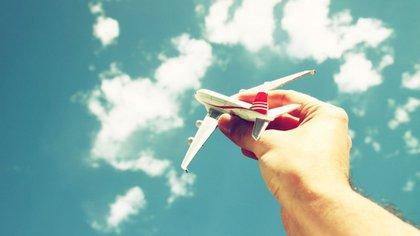"""La frase """"low cost"""" no se refiere a los precios más económicos que se pagan, sino a que los costos de la aerolínea son más bajos que los habituales (Shutterstock)"""