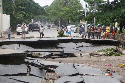 Calles destrozadas en Timor Oriental. REUTERS/Lirio da Fonseca
