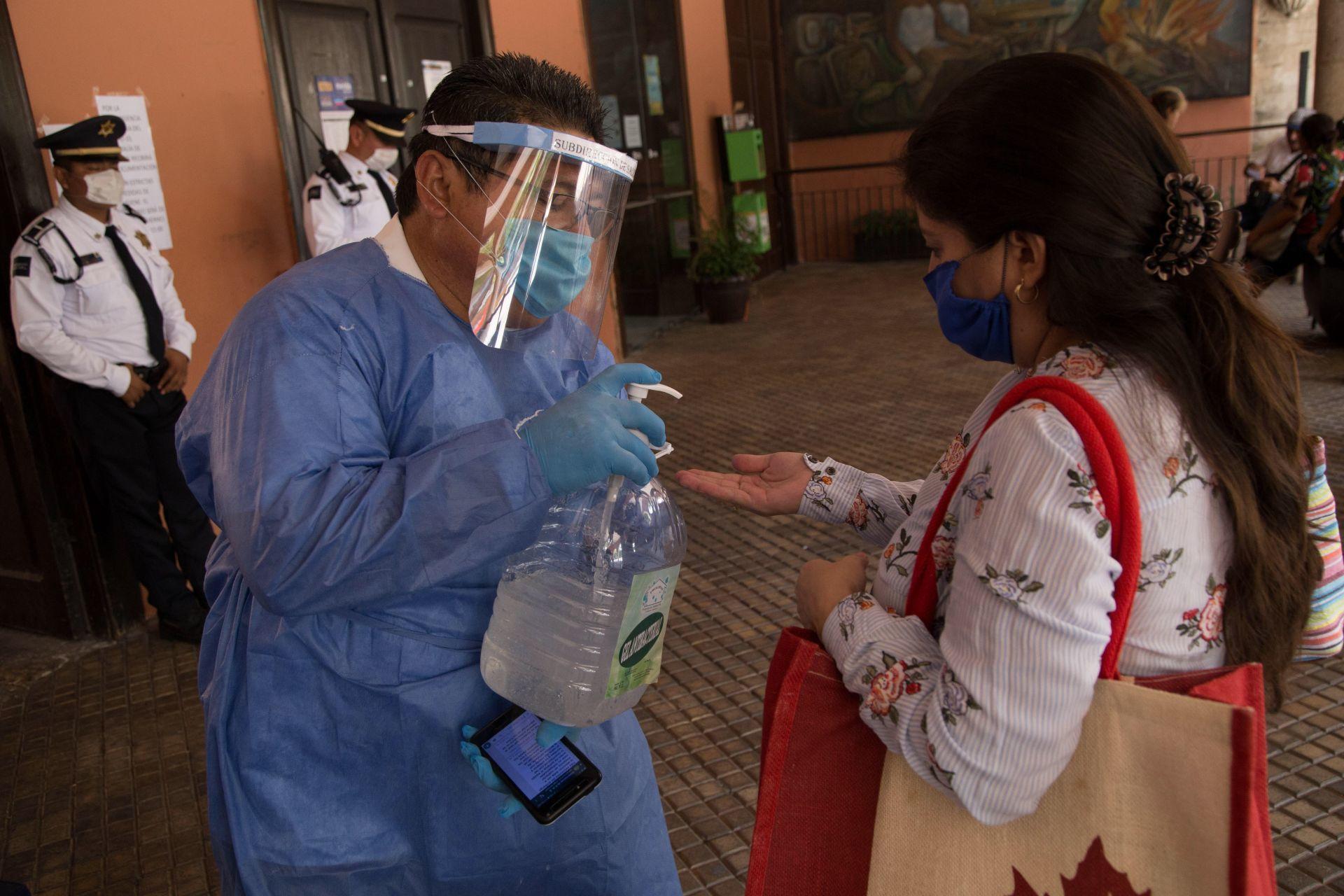 coronavirus , mexico